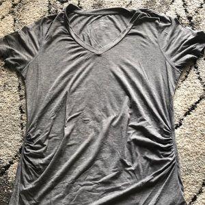 GapFit Maternity T-shirt